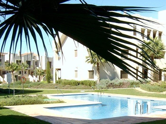 Piso Feliz Pool